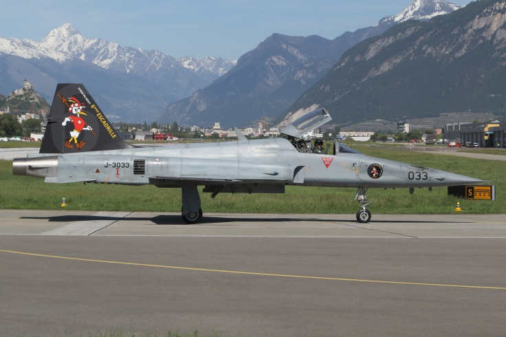 F-5 3033 (1)