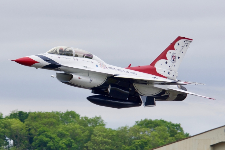 Thunderbirds 4 F16D