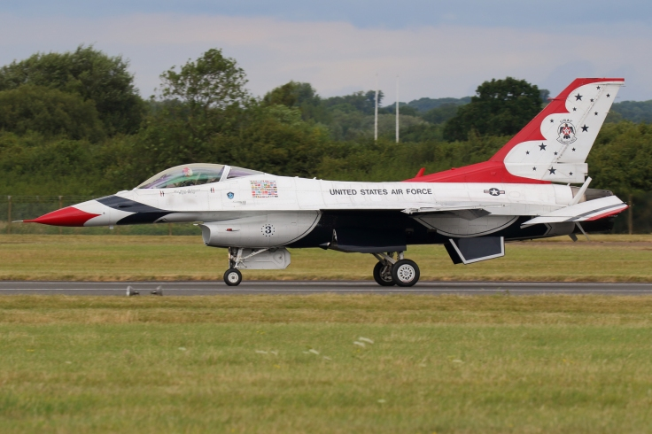 THUNDERBIRDS (4)