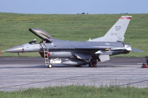 MAX330b